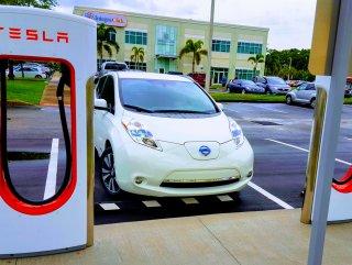 Elektrikli araçlar dizel ve benzinli araçları bitiriyor