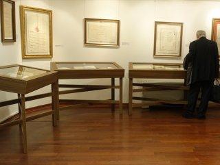 'Evrak-ı Şahaneden Kütüb-i Nefesiye' sergisi açıldı